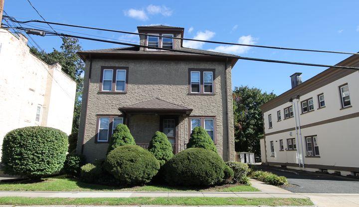 67 Saratoga Avenue - Image 1