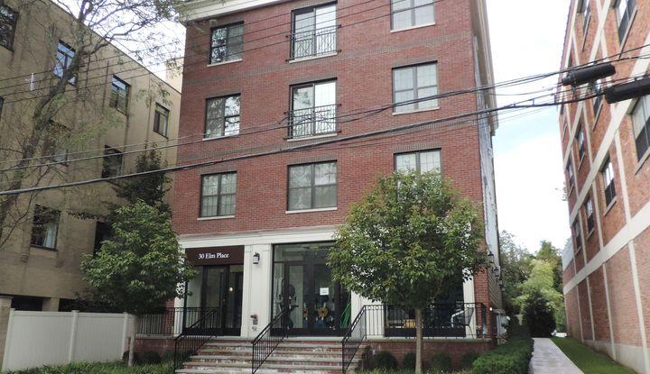 30 Elm Place 2A - Image 1