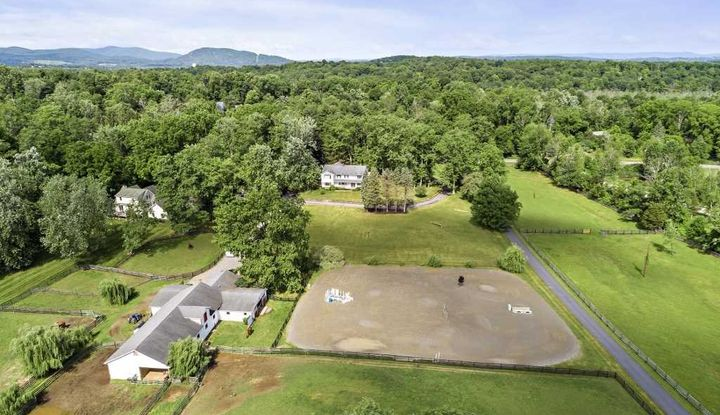171 BLUE HILL RD - Image 1