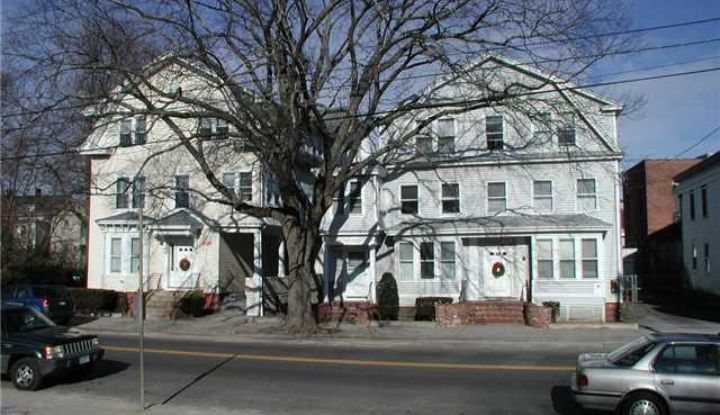 105&111 Broad Street - Image 1