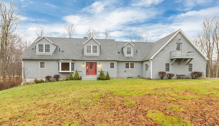 845 COLD SPRING RD - Image 1