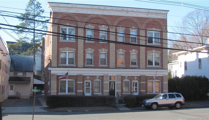 211 Central Street - Image 1