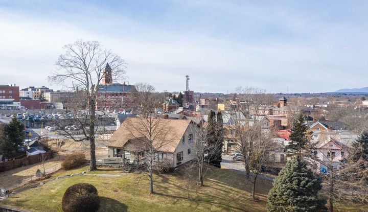 55 FOXHALL AVE - Image 1
