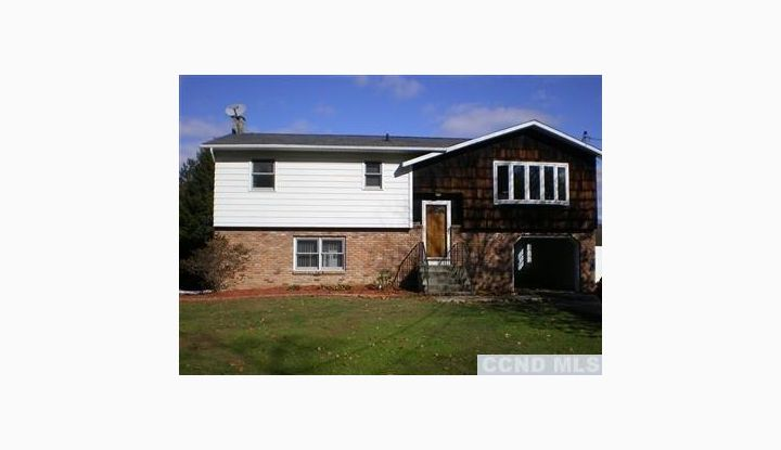 4 Pats Lane Stockport, NY 12173 - Image 1