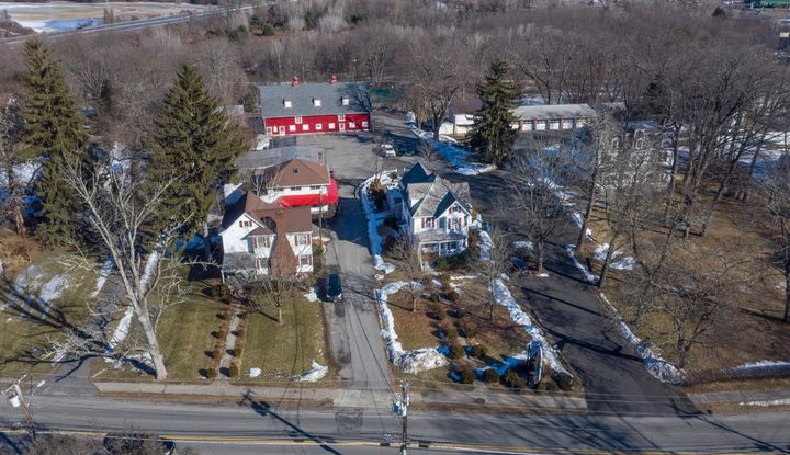 195 Hurley Ave - Image 1