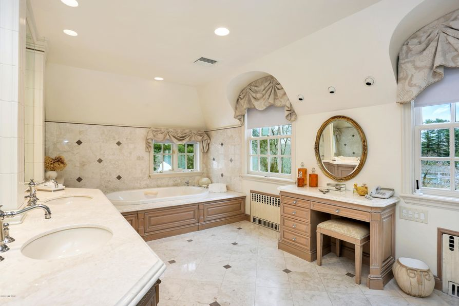 22 Frost Road Greenwich, CT 06830 -Image 18