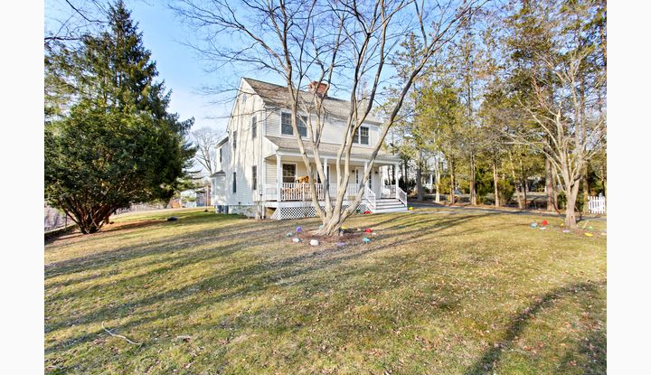 28 Old Norwalk Road New Canaan, CT 06840 - Image 1