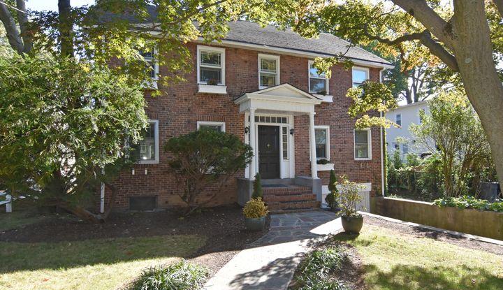 630 Colonial Avenue - Image 1