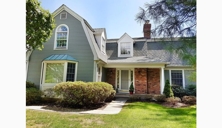 15 Lakeview Avenue New Canaan, CT 06840 - Image 1