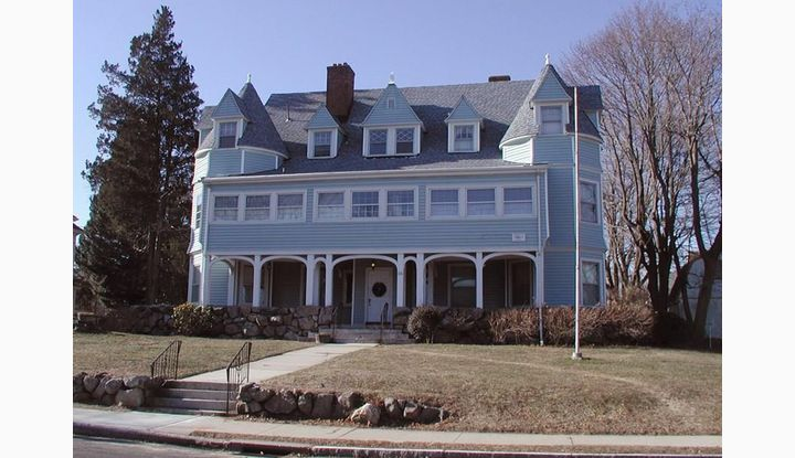 36 Nathan Hale St New London, CT 06320 - Image 1