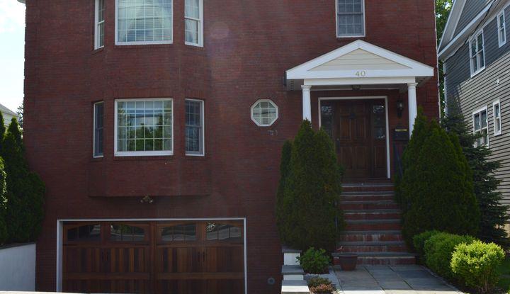 40 Ellsworth Avenue Front - Image 1