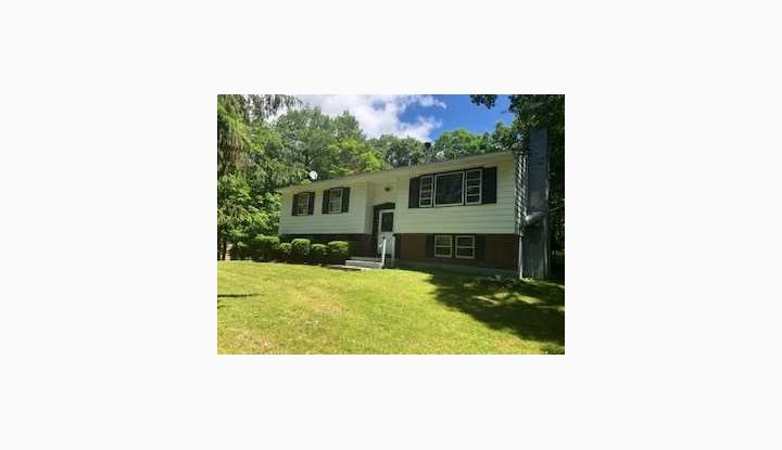 658 WILLOW BROOK RD. CLINTON CORNERS, NY 12514 - Image 1
