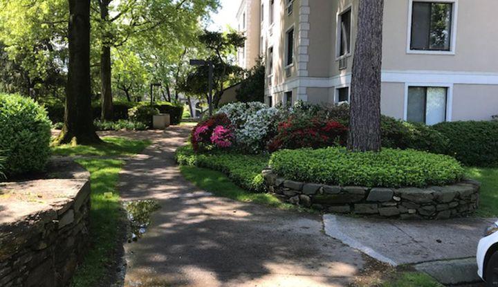 1525 E Putnam Avenue #301 - Image 1