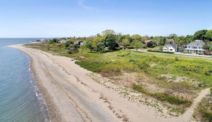 30 Park Boulevard - Image 1