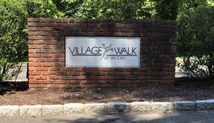15 Village Walk #15 - Image 1