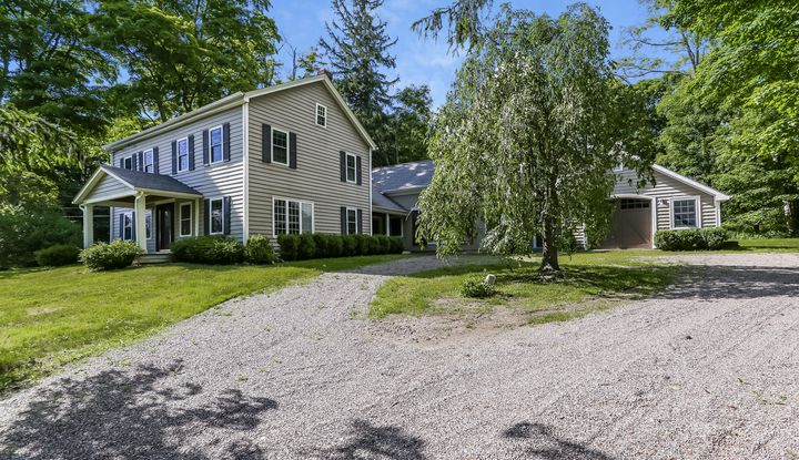 663 CAMBY RD - Image 1
