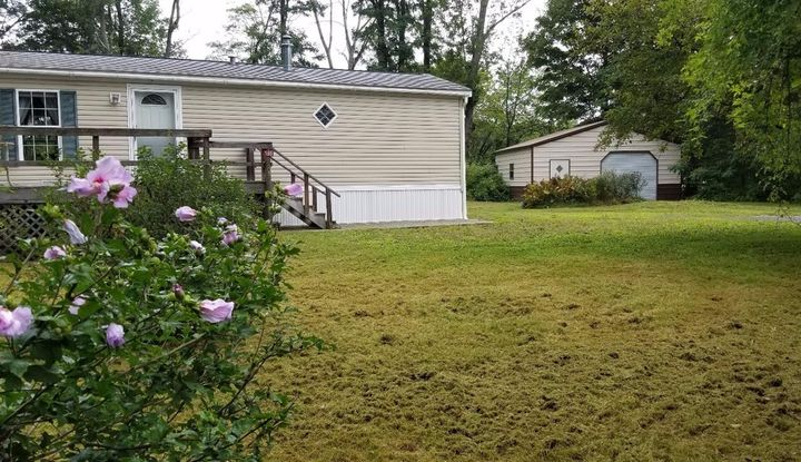 185 W Moorehouse Rd - Image 1