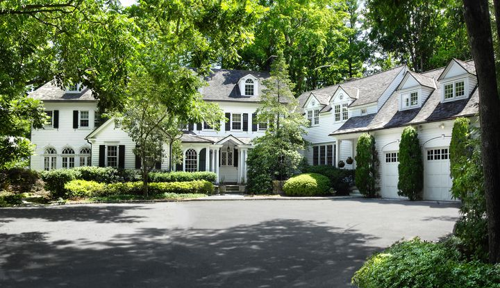 275 Round Hill Road - Image 1