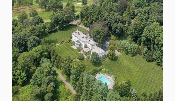 561 Smith Ridge Road New Canaan, CT 06840 - Image 1