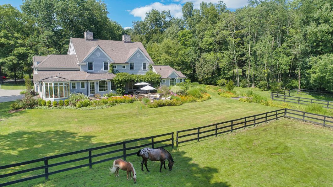 20 Locust Road Greenwich, CT 06831 -Image 3