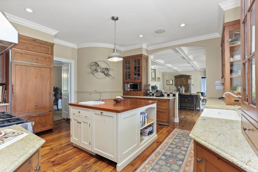 20 Locust Road Greenwich, CT 06831 -Image 9