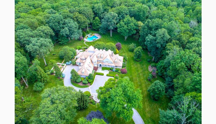 85 Lukes Wood Road New Canaan, CT 06840 - Image 1