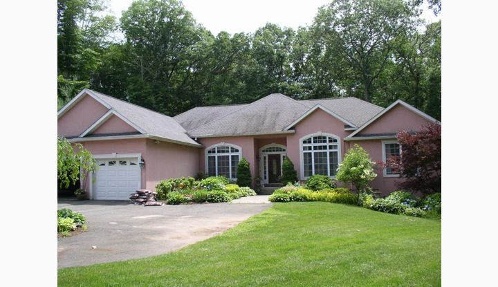 14 Maplecrest Lane Hamden, CT 06514 - Image 1