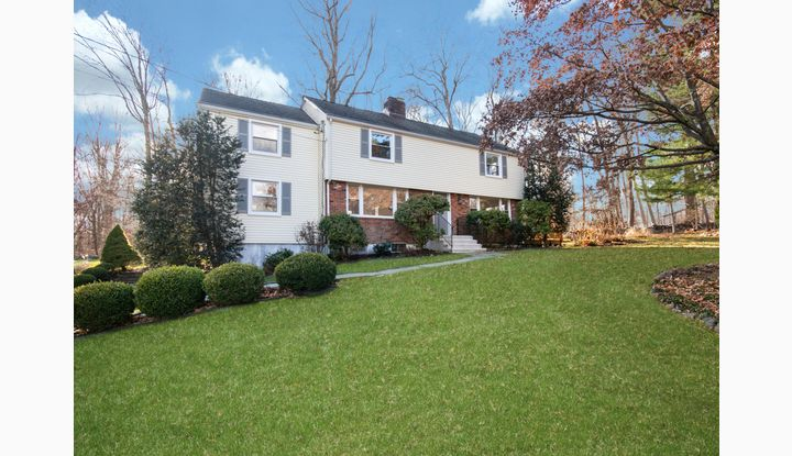 25 Chipmunk Lane Norwalk, CT 06850 - Image 1