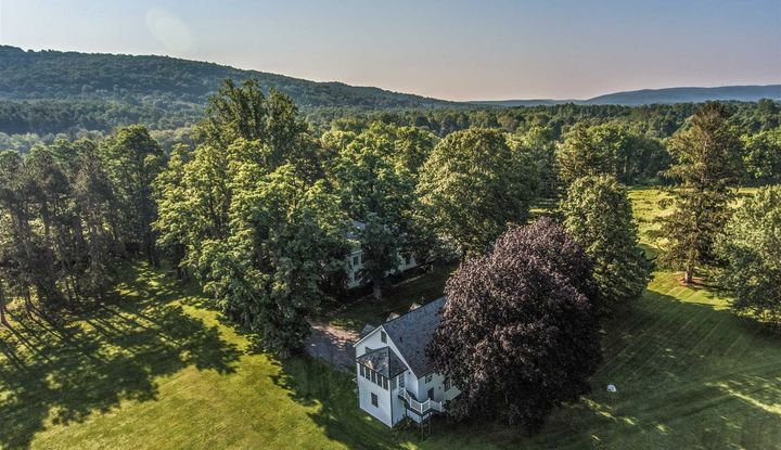 1633 CLOVE VALLEY ROAD - Image 1