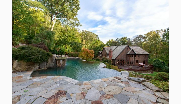 72 Huckleberry Hill Road New Canaan, CT 06840 - Image 1