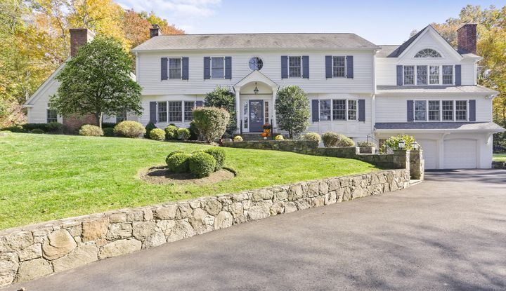 84 Londonderry Drive - Image 1