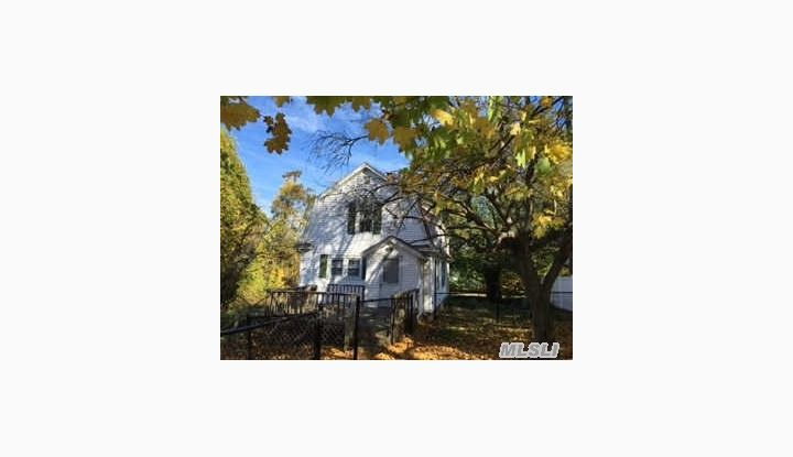 124 Mills Pond Rd St. James, NY - Image 1