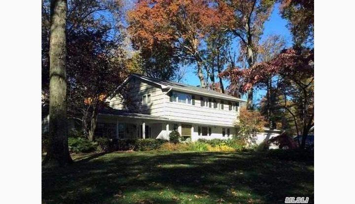 50 Briarfield Ln Huntington, NY - Image 1