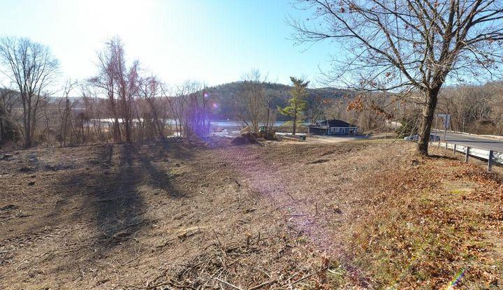 115 River Road - Image 1