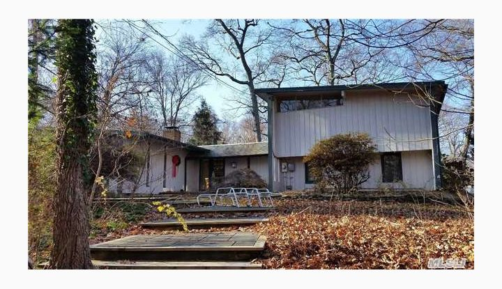 18 Wilderness Rd St. James, NY - Image 1