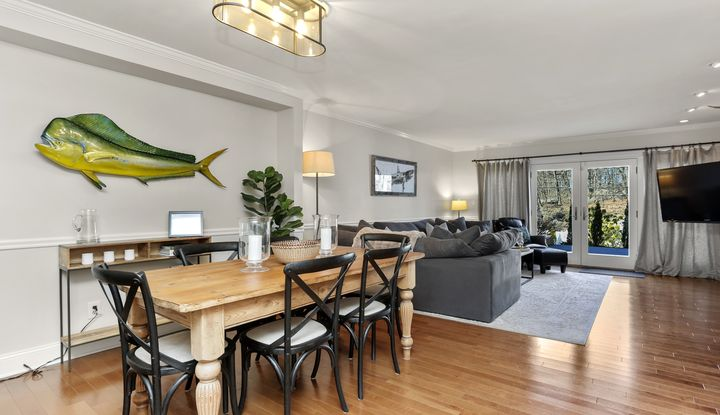 25 Indian Harbor Drive #3 - Image 1