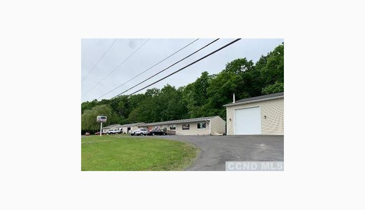 9221 Route 9W Athens, NY 12015 - Image 1
