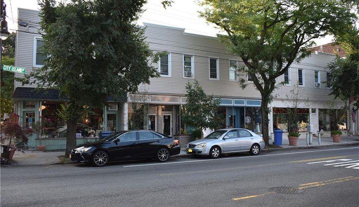 270 City Island Avenue - Image 1
