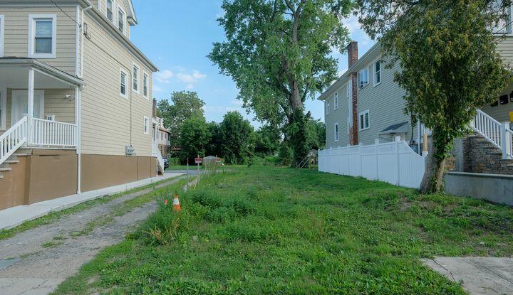 90 Winthrop Avenue - Image 1