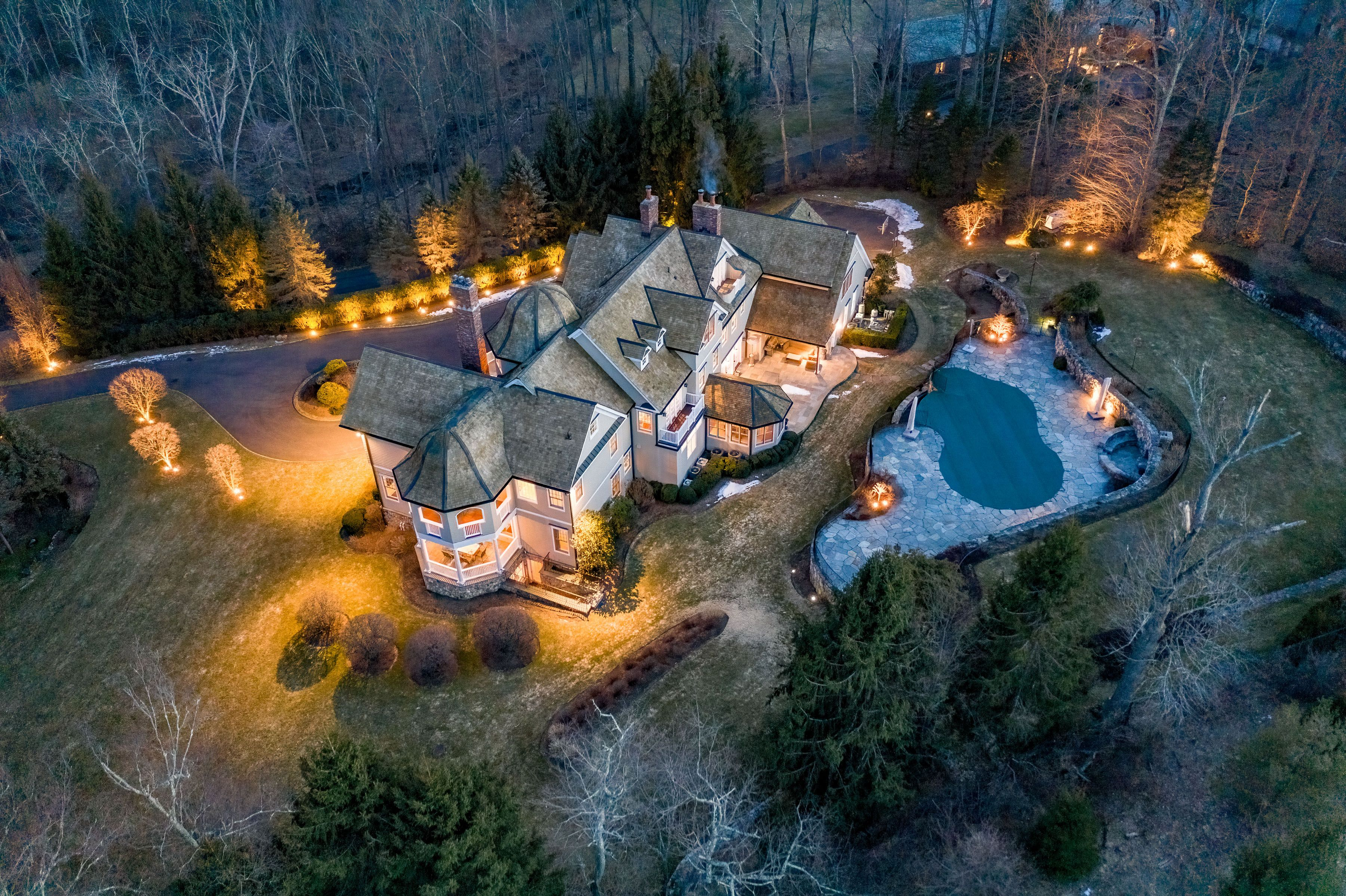 1196 Smith Ridge Road New Canaan, CT 06840 - Image 1