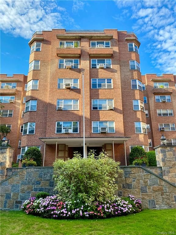 235 Garth Road D3B Scarsdale, NY 10583 - Image 1