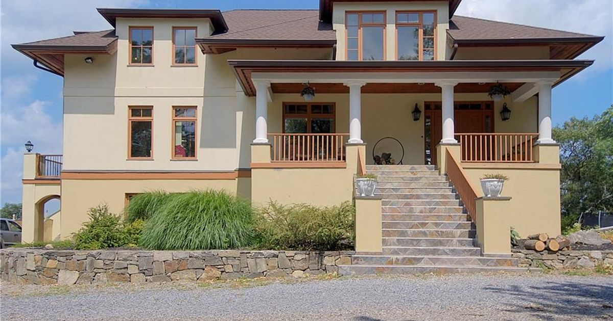 12 Blueberry Hill Road Hopewell Junction, NY 12533