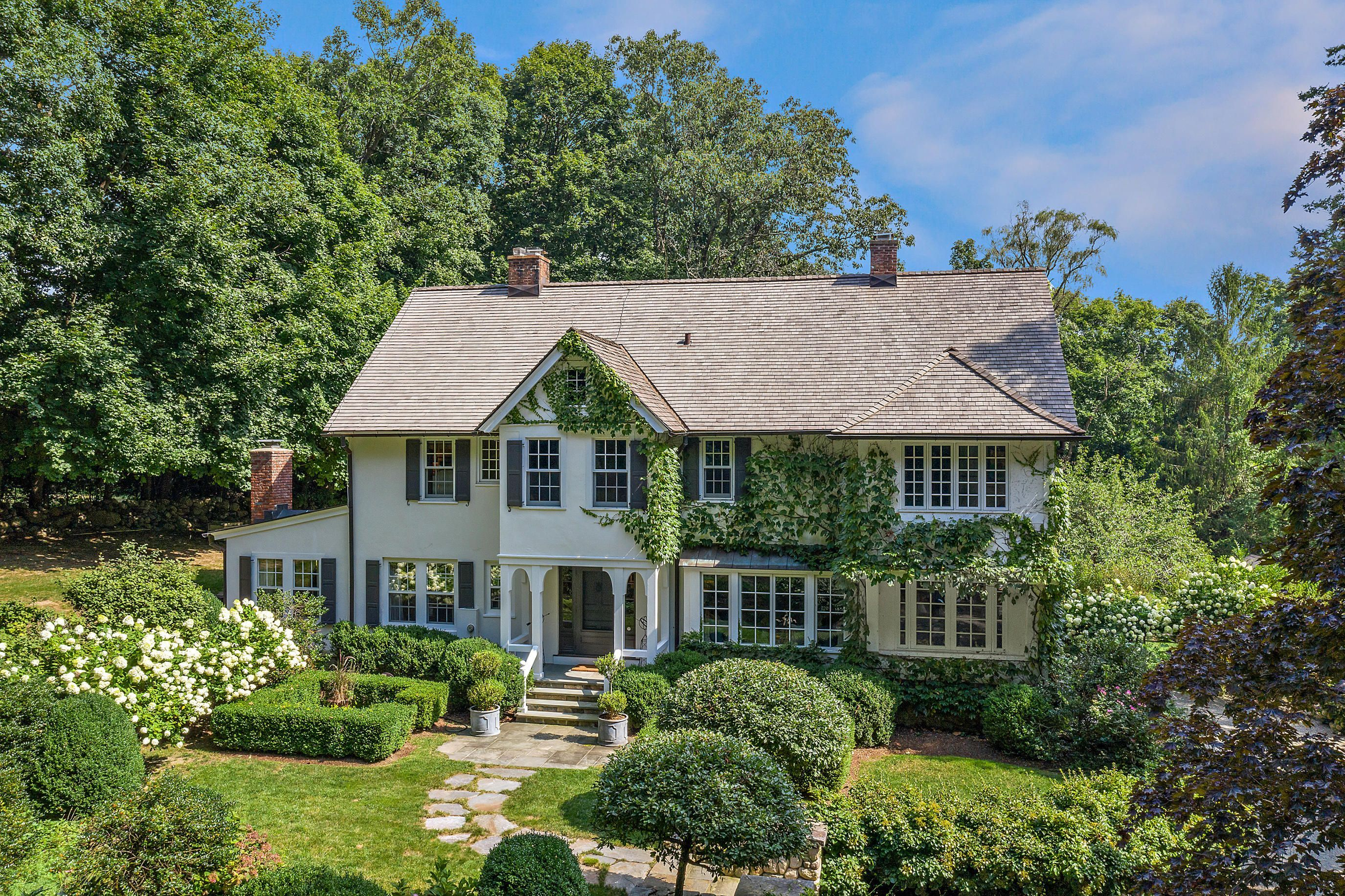 507 Oenoke Ridge New Canaan, CT 06840 - Image 1