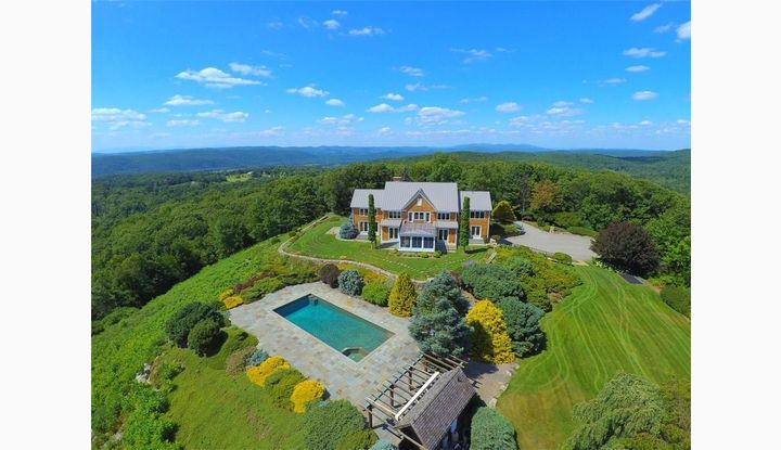 14 Weber Rd Sharon, CT 06069 - Image 1