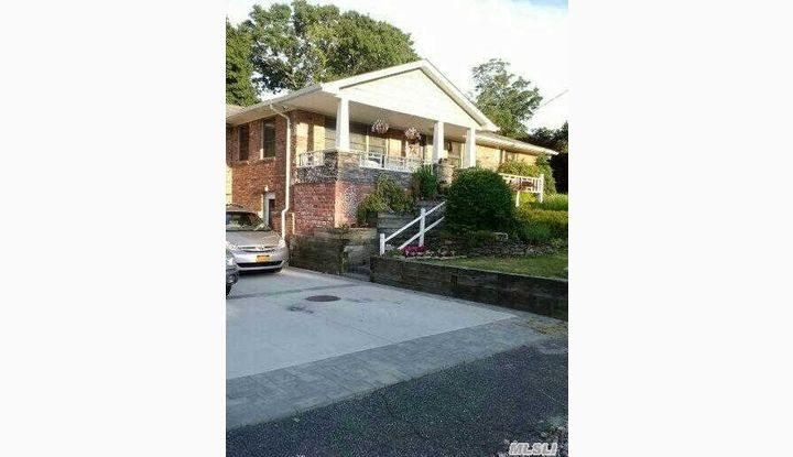162 Soundview Dr Rocky Point, NY - Image 1