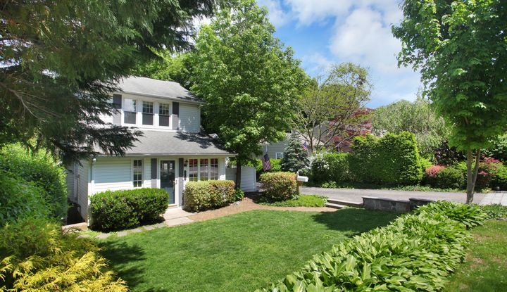 779 Forest Avenue - Image 1