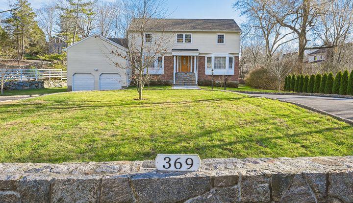 369 Rosedale Avenue - Image 1