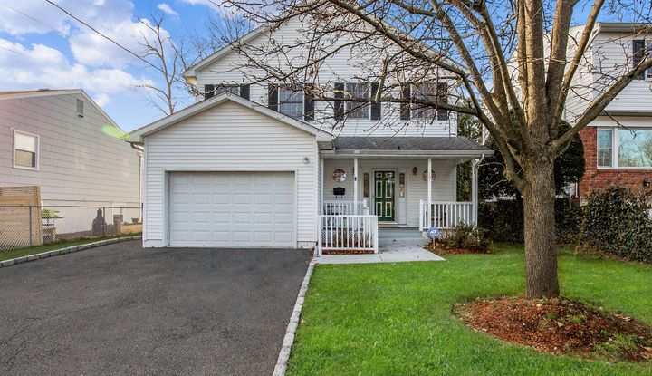 161 Beverly Road - Image 1