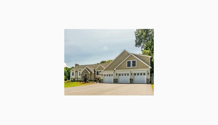 11 Forge Ln Franklin, CT 06254 - Image 1
