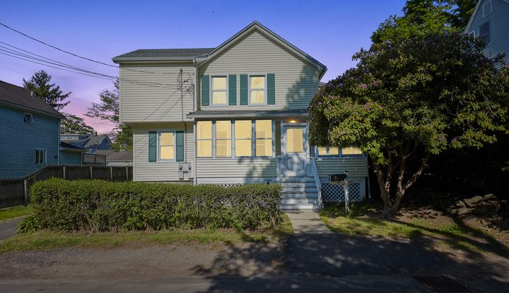 13 Fairfield Avenue - Image 1